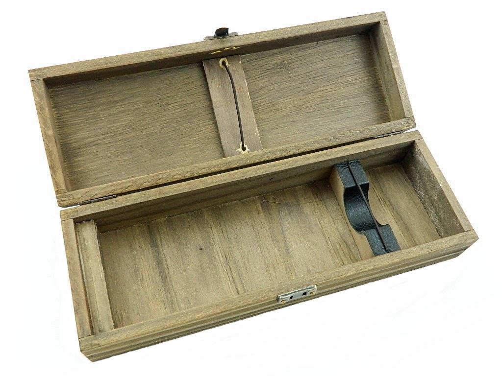 caixas-personalisadas-em-madeira-para-facas-e-bainhas-1-.jpg